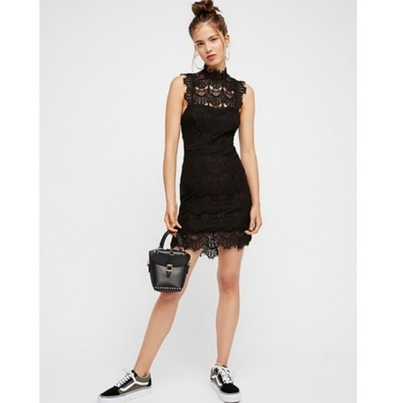 Free People Dresses & Skirts - Free People Backless Lace Bodycon Dress